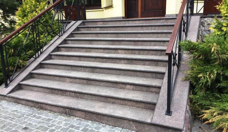 лестницы из гранита, прочность